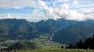 Il Massiccio del Grappa visto dal Monte Avena