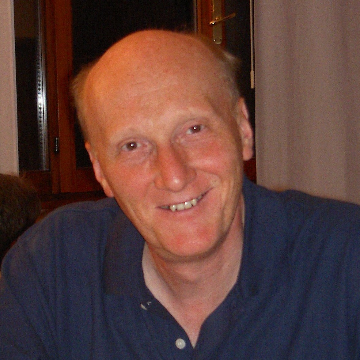 Mario Zoratti, del Cnr di Padova; nella foto di apertura la professoressa Szabo