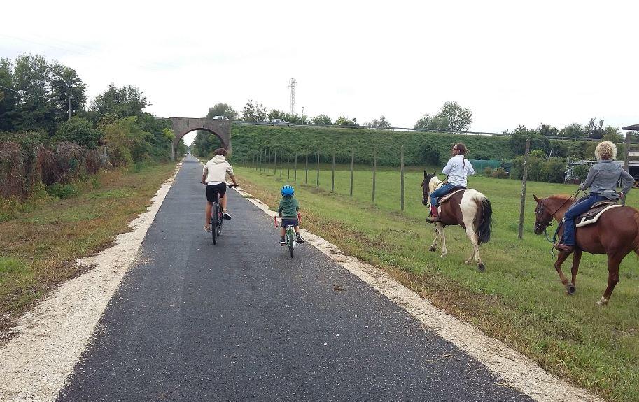 Un tratto della ciclopedonale percorribile anche a cavallo, recentemente realizzata nel territorio comunale di Grisignano di Zocco,