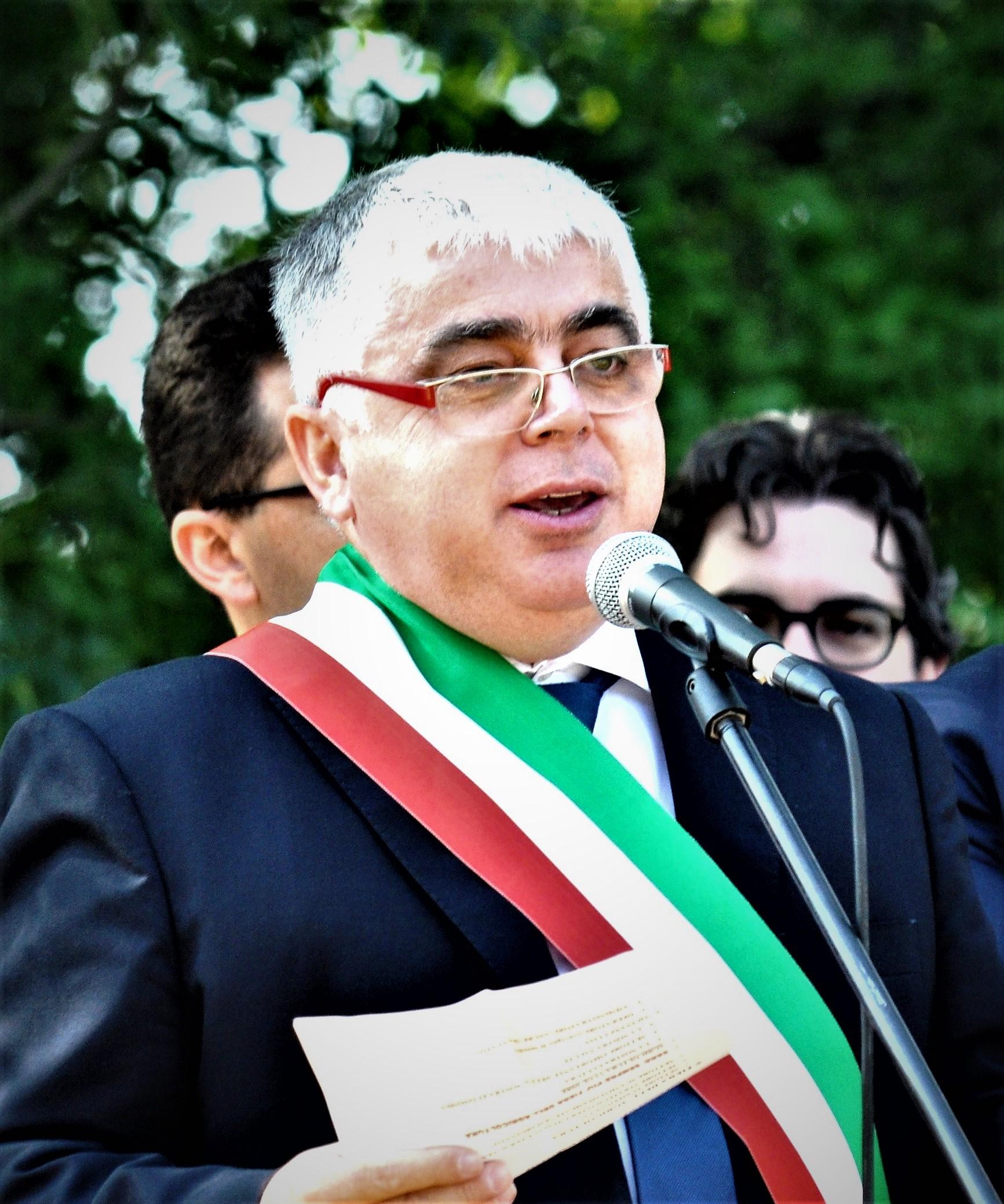 Il sindaco Lorenzo Zanon in occasione di una recente edizione della Festa dei Mussi